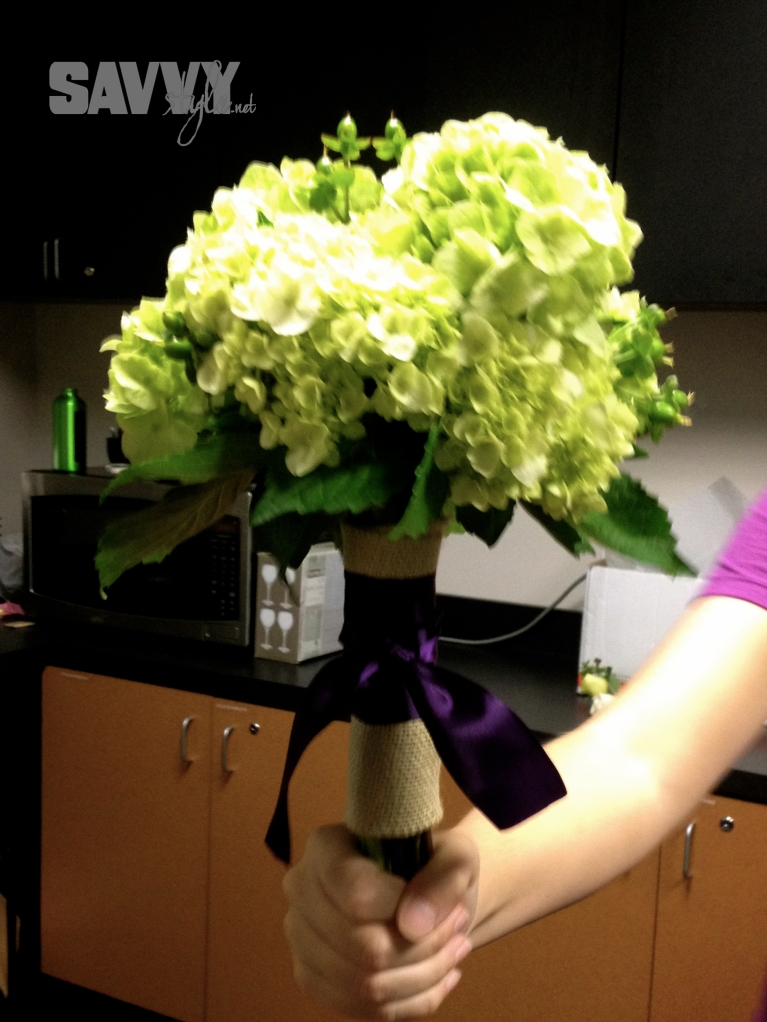 bridesmaids-bouquet-purple