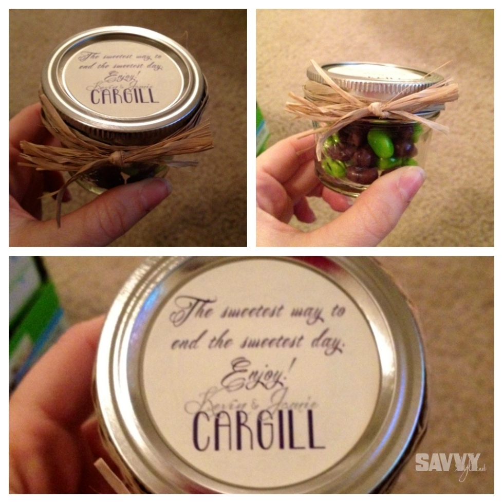 Wedding-favors-mason-jars