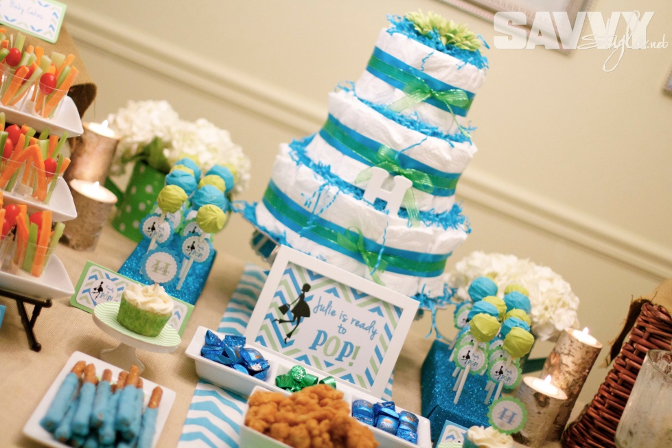 diaper-cake-display